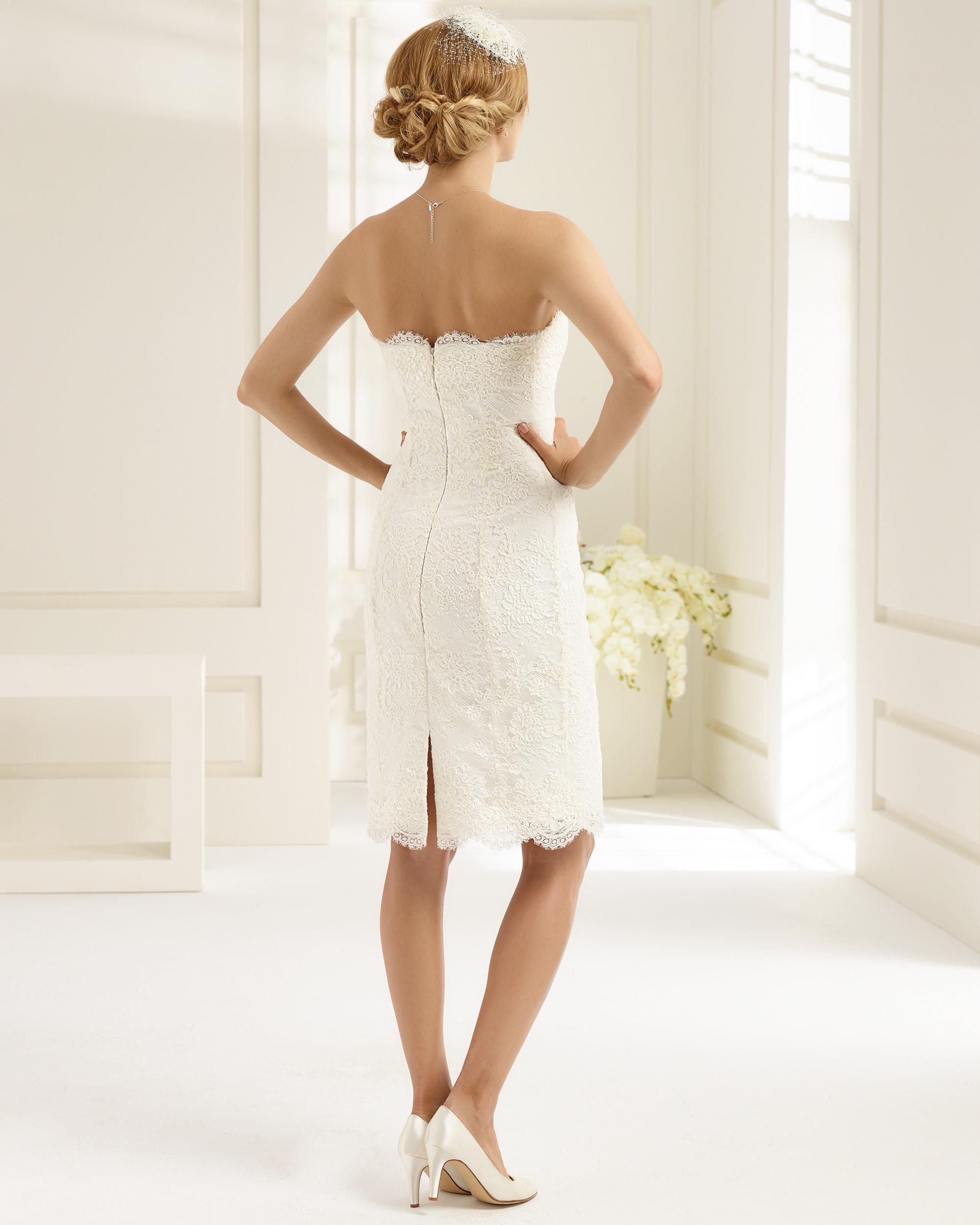Brudklänning från Bianco Evento, Brudkjole, Brudklänning i Spets, brudklänning Chiffong, brudklänning i Tyll