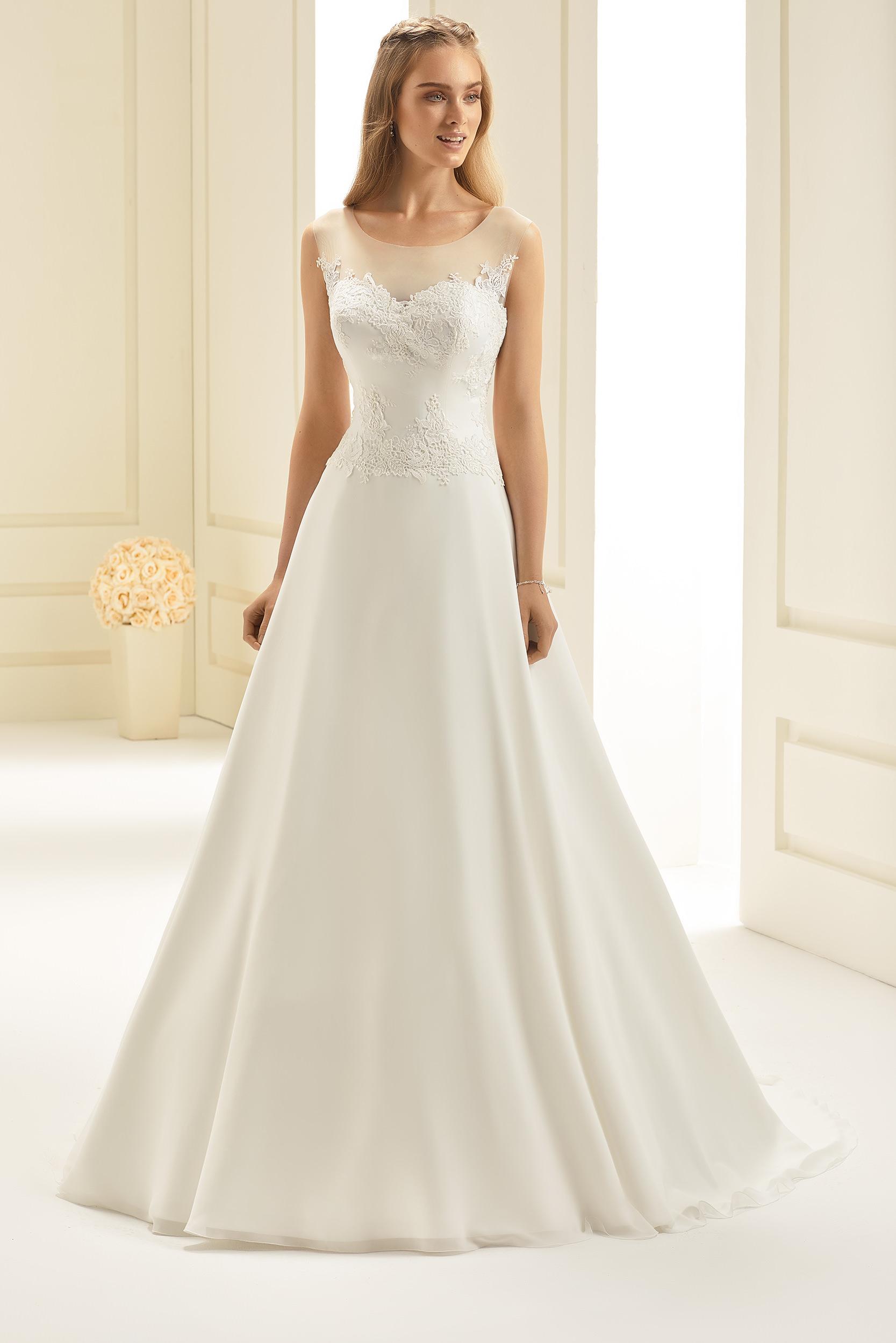 7f670797786c Brudklänning från Bianco Evento, Brudkjole, Brudklänning i Spets, brudklänning  Chiffong, brudklänning i