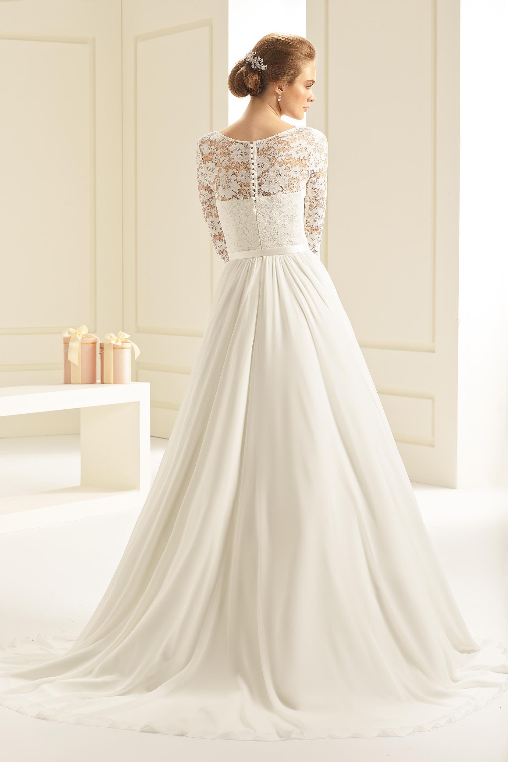 4deda460dbdf Brudklänning från Bianco Evento, Brudkjole, Brudklänning i Spets,  brudklänning Chiffong, brudklänning i