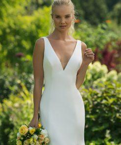 Brudklänning från Sweetheart en av Justin Alexanders Kollektioner En kort brudklänning i spets med avtagbar kjol i tyll. Brudklänning, brudklänningar, bröllopsklänning, bröllopsbutik