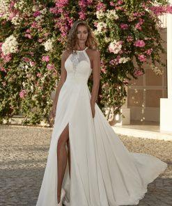 Brudklänning från Herve Paris i bohemisk stil. enkla brudklänningar, Bröllopsbutik i Malmö